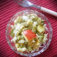 Chřestový salát s jablkem a vejcem recept