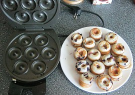 Borůvkové Donuts  Donut maker recept