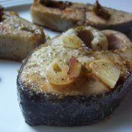 Losos na česneku recept