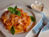 Nejjednodušší rajčatová omáčka na těstoviny z italské kuchařky ...
