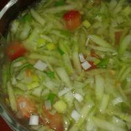 Okurkový salát s rajčetem recept