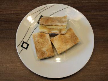 Jablečno-pudinkový řez z listového těsta