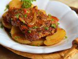 Krkovice pečená na bramborech recept