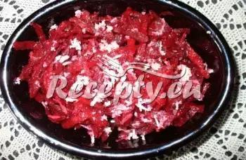 Salát z červené řepy s křenem recept  saláty