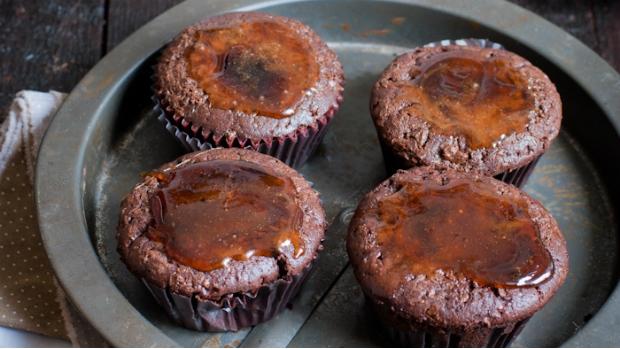 Čokoládové muffiny s pikantním sirupem