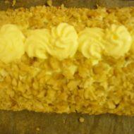 Bílková ořechová roláda recept