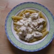 Těstoviny s kuřecím masem a omáčkou recept