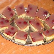 Piškotová buchta s ovocem a želé recept