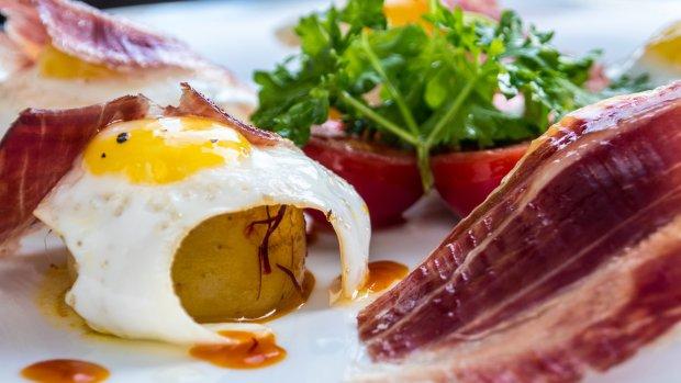 Španělská varianta na šunku s vejci
