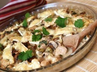 Kuřecí prsa zapečená s houbami a smetanou