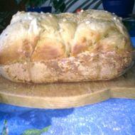 Bochník s ořechy recept