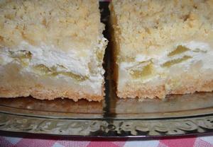 Drobenkový koláč s tvarohovou rebarborou