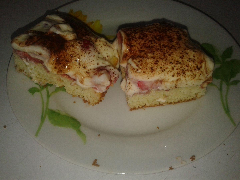Rychlé řezy  jahody pod peřinkou recept