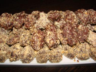 Obalované sušené švestky v čokoládě