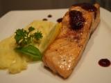 Losos s rybízovou omáčkou recept