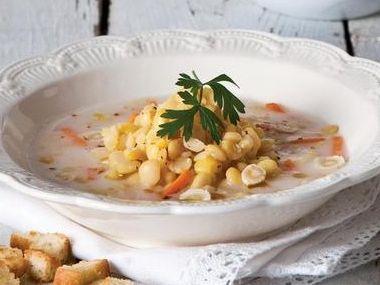 Staročeská rybí polévka s hrachem