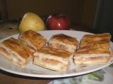 Jablka s pudinkem zabalená v listovém těstě recept
