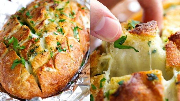 Sýrovo-česnekový trhací chléb