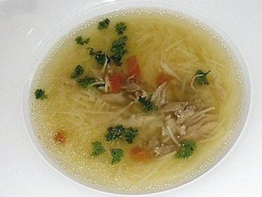 Drůbeží nudlová polévka  dia 7,3 S