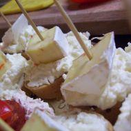 Jednohubky se sýrovou pomazánkou recept