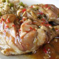 Dušené kuřecí stehno s pikantní omáčkou recept