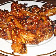 Medovo-zázvorová kuřecí křidélka se sezamem recept