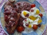 Brusinková králičí stehna v jogurtové marinádě v alobalu recept ...