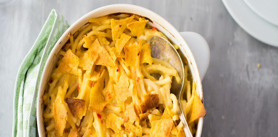 Makarony se sýrem a chilli
