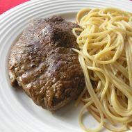 Bio špagety s hovězím steakem recept