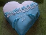 Srdcový dvojbarevný dort recept