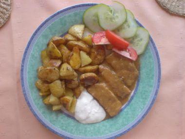 Vepřové plátky na hořčici s americkými brambory