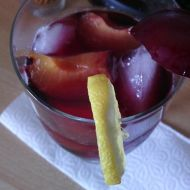 Letní nápoj s ovocem recept