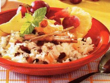 Rýžová kaše se sušeným ovocem