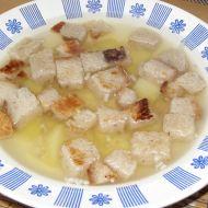 Česneková polévka s chlebovými kostičkami recept