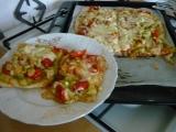 Cuketová pizza na listovém těstě recept