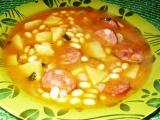 Sójová polévka s klobásou recept
