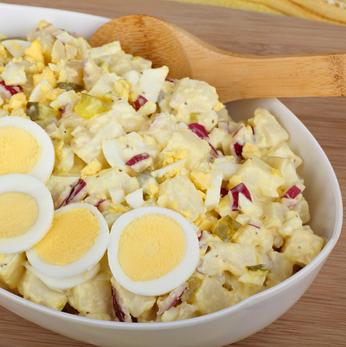 Vánoční bramborový salát recept