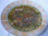 Kuřecí polévka s jatýrky a špenátem recept