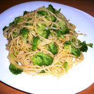 Špagety s brokolicí recept