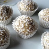 Rychlé mandlové kuličky recept