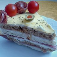 Slaný salámový dort recept