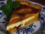 Chutný broskvový koláč z křehkého těsta recept