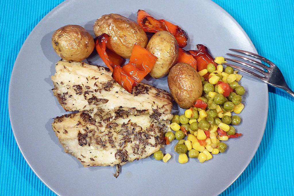Aljašská treska pečená s bramborami recept