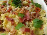 Česnekové těstoviny s vejci a slaninou recept