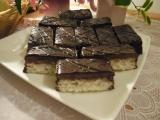 Bílkové kokosové řezy recept