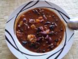 Hovězí guláš s fazolemi a zeleninou recept