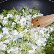 Cottage omáčka s brokolicí recept