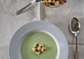 Hrášková polévka (krém) s krutony recept