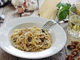 Špagety s ořechy recept