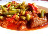 Hovězí guláš se zelenými fazolkami recept